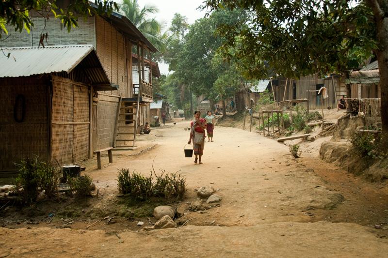 Kagu-Aasia mägikülade hääbuvatel radadel